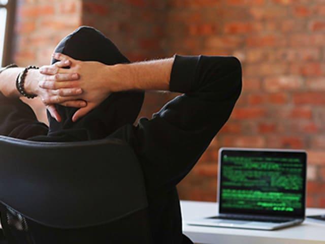 Hacked! Schütze dich mit einer Cybercrime Versicherung